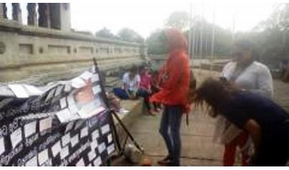Postcards in Colombo to fight violence against women