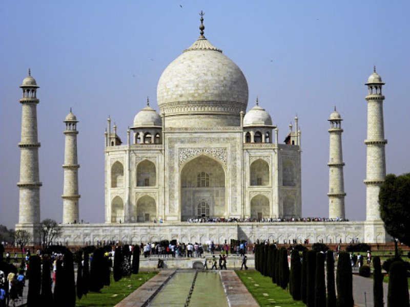 India Cap Set On Number Of Visitors To Save The Taj Mahal