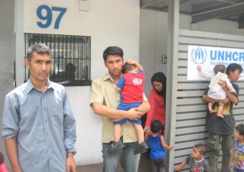 SRI LANKA Pakistani refugee pleads for his compatriots not to be
